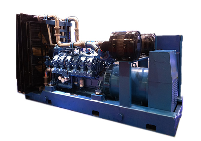 630kw潍柴斯太尔柴油发电机组
